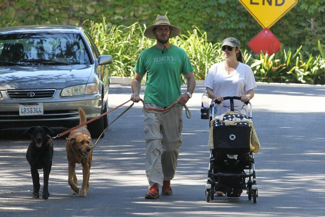 Tiffani Thiessen White Tshirt, baby stroller, hat, sunglasses, dogs