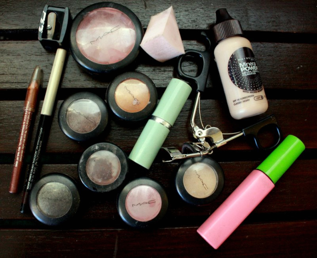 foundation, blush, eyeliners and lip liners paired with several pots of eye shadow