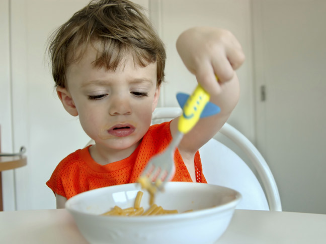 6 Tactics for getting your child to try new food