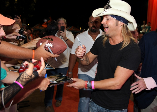 82e8bd9e64d Bret Michaels Will Feature Family In New Reality Show