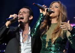 Jennifer Lopez Performs In Puerto Rico With Marc Anthony