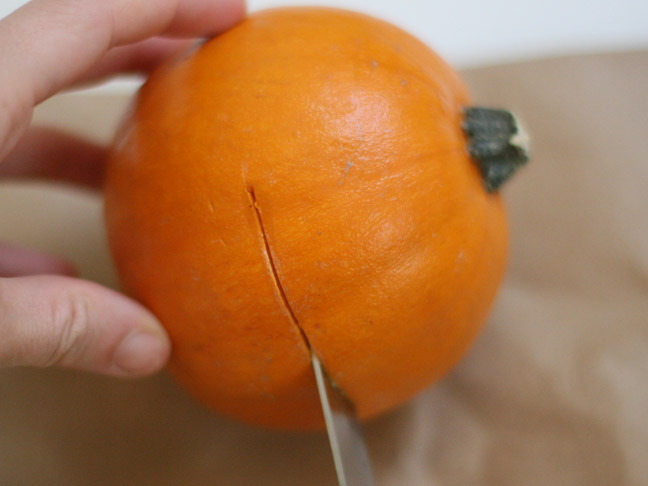 DIY: Pumpkin And Lemon Holiday Candles