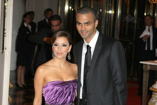 Eva Longoria, purple strapless dress