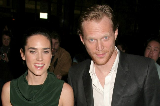 Jennifer Connelly, green dress, Paul Bettany