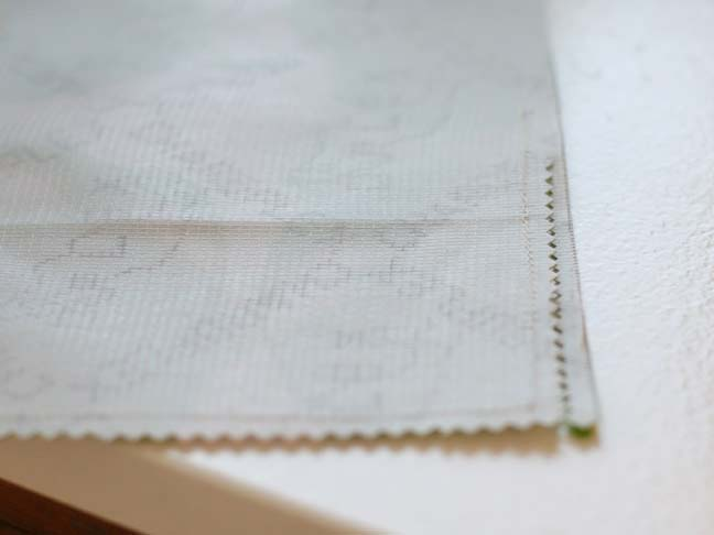zigzag stitch on oilcloth