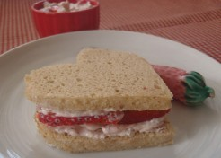 Berry Cream Cheese for Valentine's Day