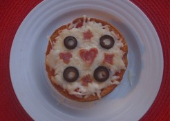 Kids' Quick Bagel Pizza