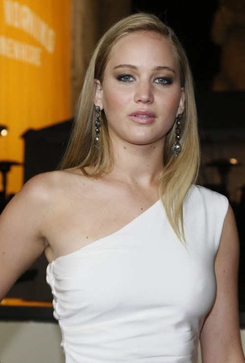 "Jennifer Lawrence Lands The Role Of Katniss In ""The Hunger Games"" Movie"
