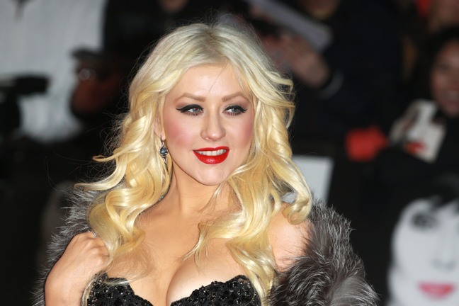 Christina Aguilera, strapless dress