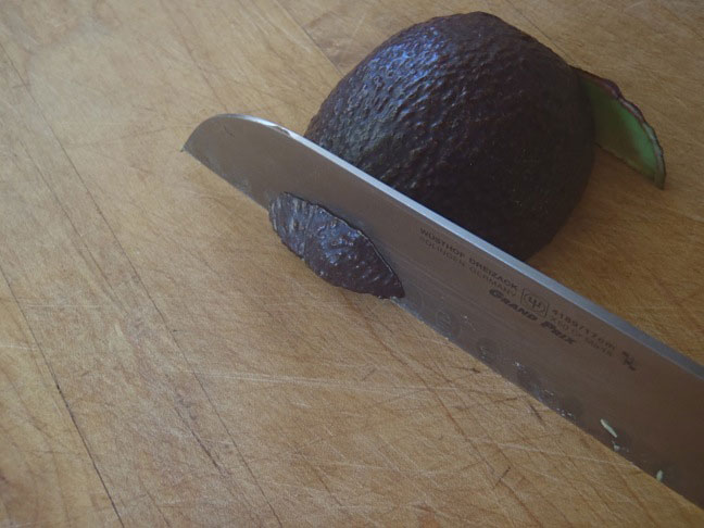 How to Cut an Avocado-4