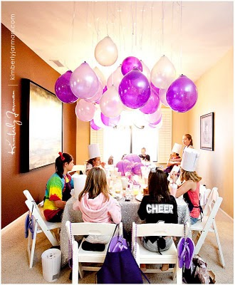 upside-down-balloons-party-4