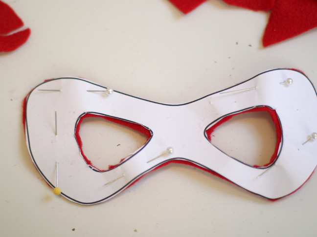 Diy: Simple Superhero Mask
