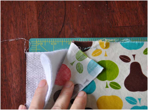 layering the fabrics for the DIY oven mitt
