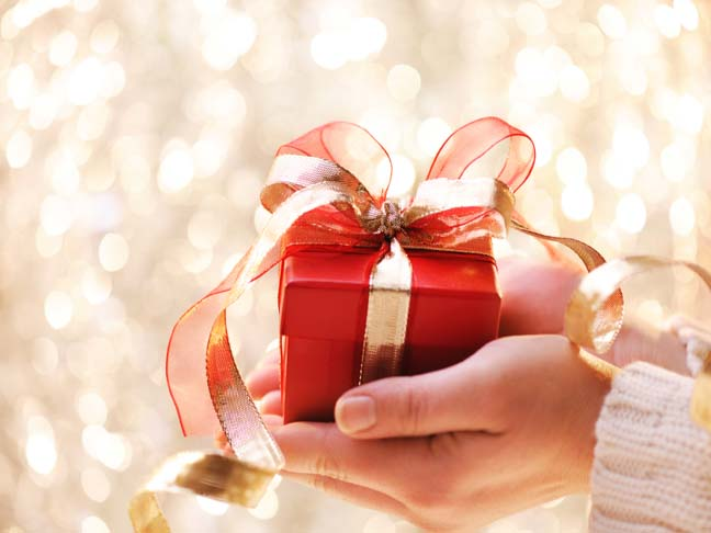 Gift giving etiquette negle Images