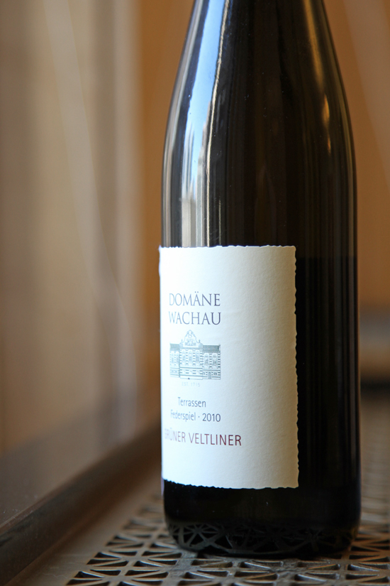 A close up bottle of Domane Wachau's Grüner Veltliner