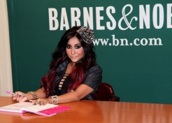 Snooki Says Pregnancy Has Helped Her Grow Up