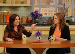 Jenna Fischer Talks Family With Rachael Ray