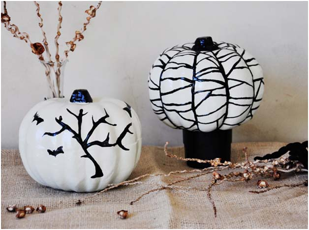 DIY Halloween Craft: Puffy Paint Pumpkin