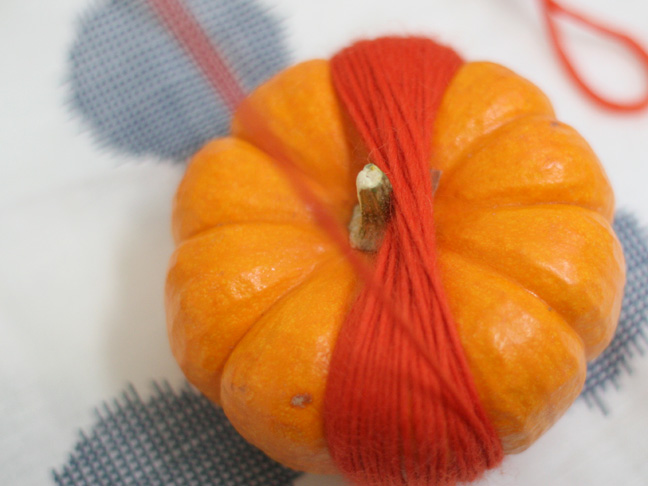 Thanksgiving Wool Pumpkins DIY Craft