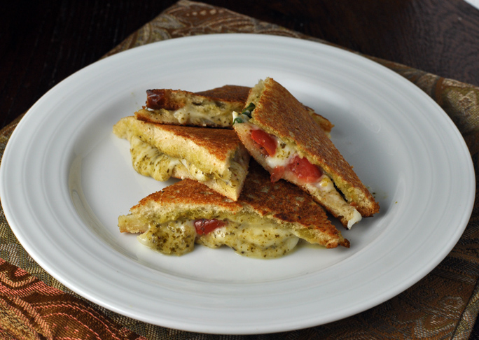 Mini Caprese Sandwiches Recipe
