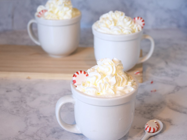 peppermint-latte-whipped-cream-cups