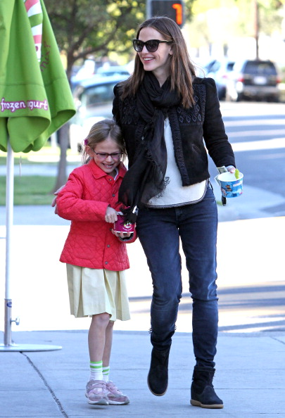 Jennifer Garner Celeb Mom