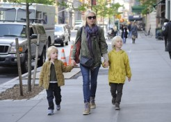 Photos: Naomi Watts, Bethenny Frankel and More Celebrity Parents Out With Their Kids