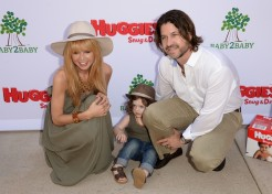 Rachel Zoe Says She Is Not Pregnant With Her Second Child