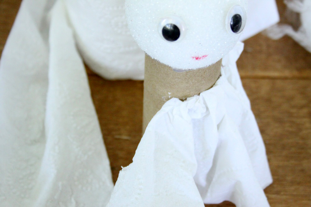 DIY Toilet Paper Angel - Step 5A