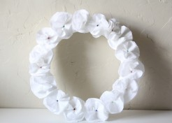DIY: Toilet Tissue Flower Wreath Craft