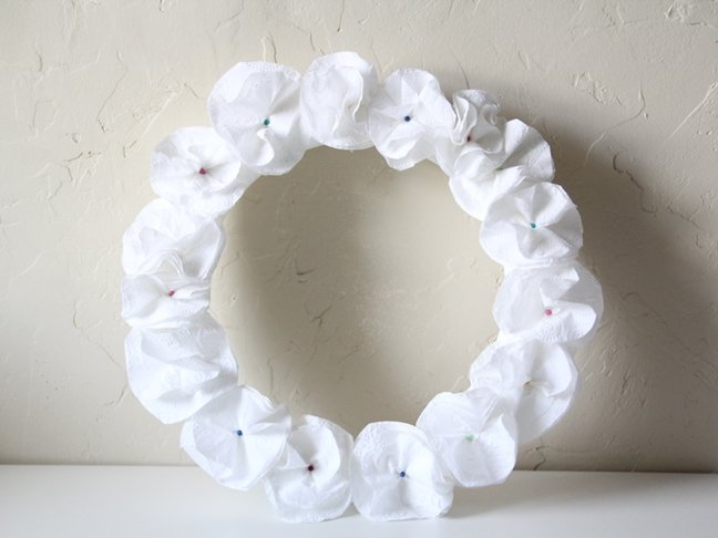 Toilet Tissue Wreath Craft