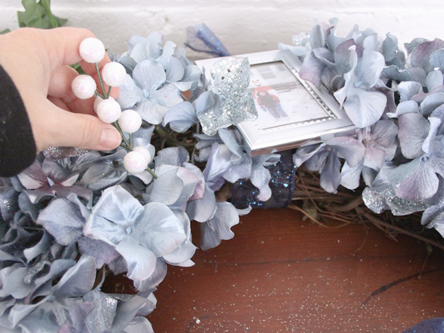 Photo_frame_wreath_step_15
