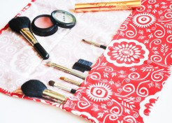 Easy DIY Makeup Brush Roll