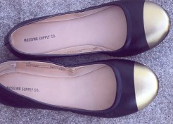 VIDEO: Style Hacks – DIY Gold Tip Shoes