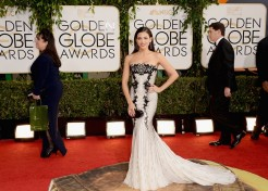 Red Carpet Fashion At The 2014 Golden Globe Awards – Sandra Bullock, Julia Roberts and More