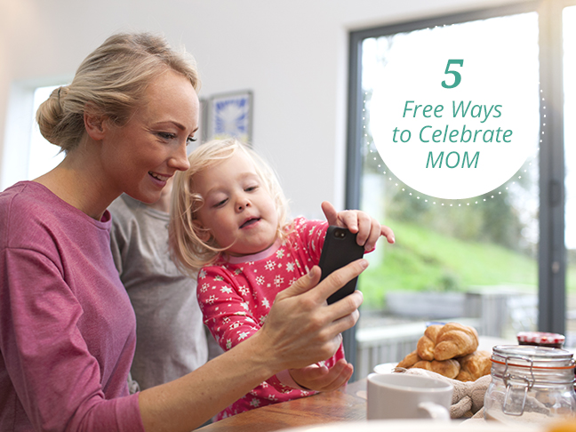 5-free-ways-to-celebrate-mothers-day-mom-daughter-blonde-kitchen