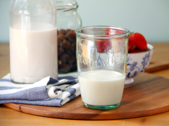 DIY Hazelnut Milk