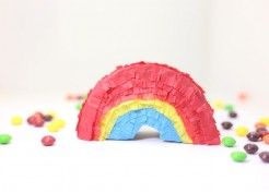 [Free Template] DIY Mini Rainbow Piñatas