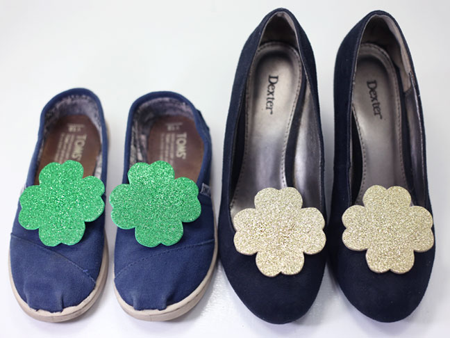 diy glitter shamrock shoe clips