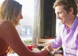 9 'Mom Things' You Should Never Do on Date Night