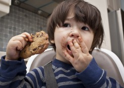 6 Secret Ways to Deal When Your Toddler Refuses to Eat Well