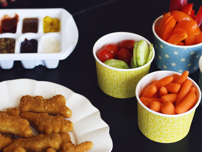 chicken nugget and veggie party for kids