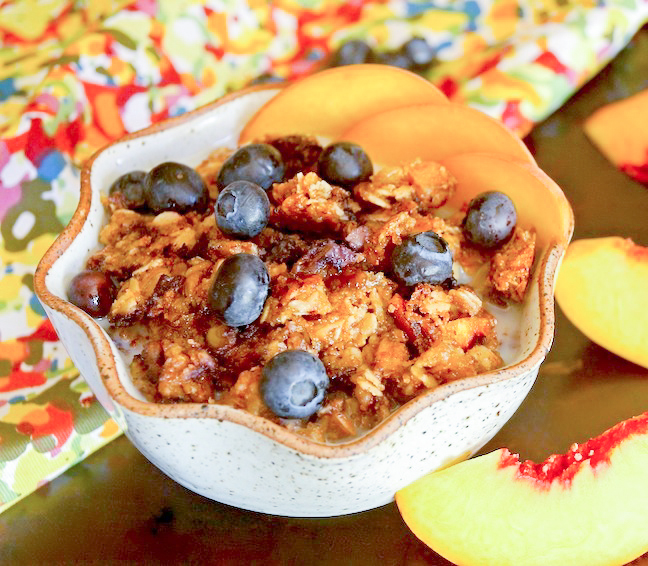 Blueberry-Peach-Cobbler-Granola-Recipe-HERO