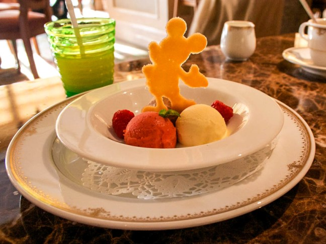 disney-food-momtastic-1