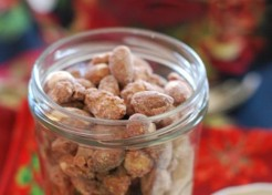 Homemade Gift: Cinnamon Almonds Recipe
