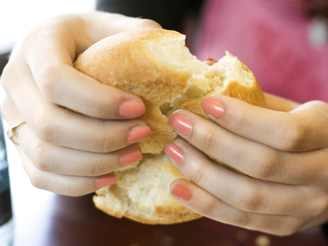 craving-bread-woman-fingernails