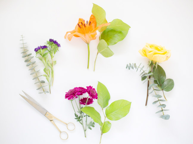 flowers-greenery-gold-scissors