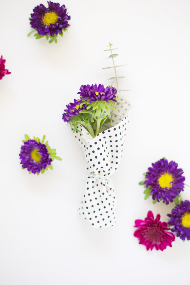 mini-bouquet-purple-flower-polka-dot-fabric