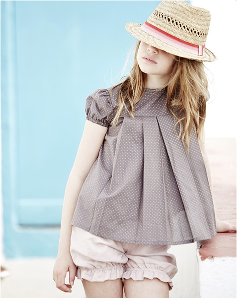 Spanish fashion with kids' bloomers and fedora