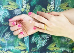 How To: Two-Tone Gilded Manicure